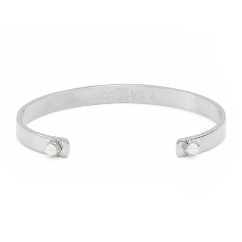 BYB1049S: Rhodium plated cuff style 4mm pearl bracelet.