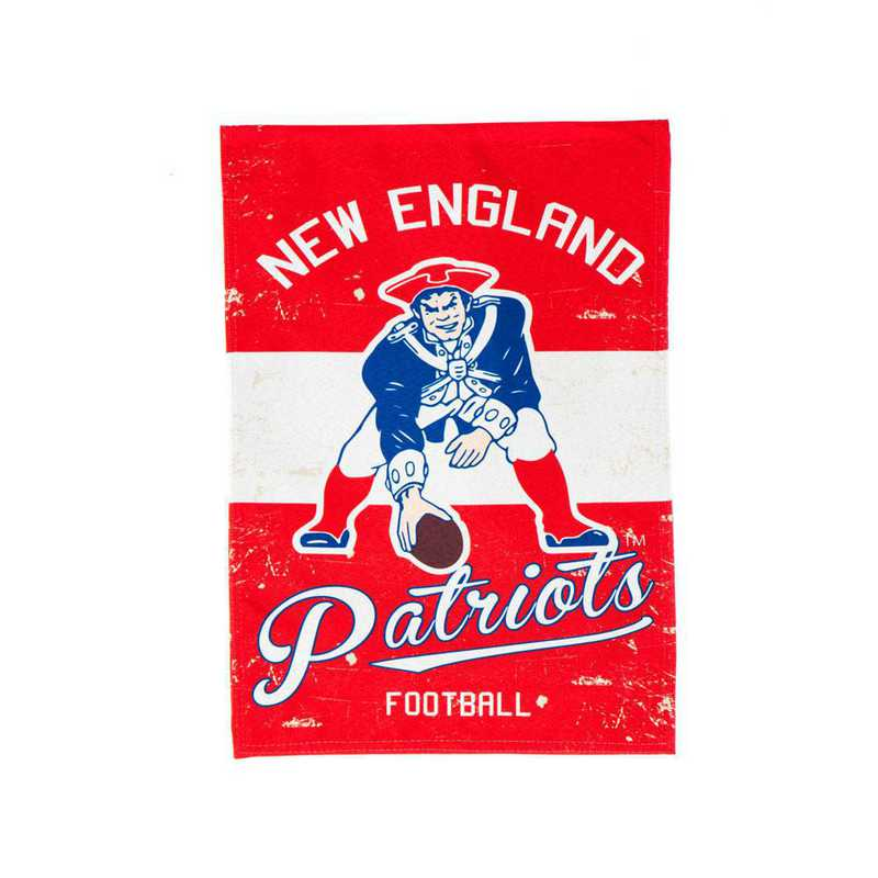 14L3818VINT: EG Vintage Linen Garden Flag, New England Patriots