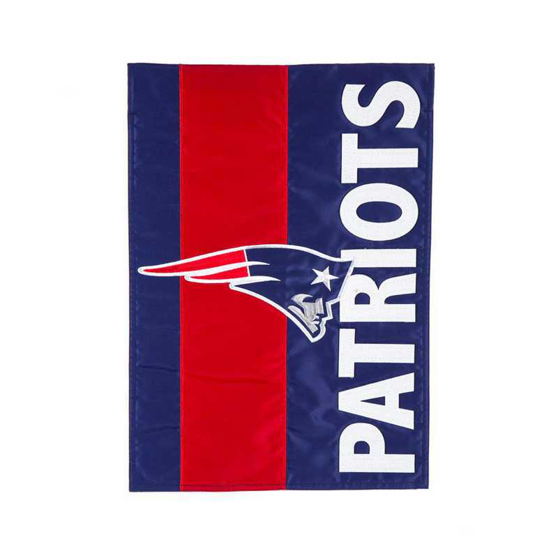 16SF3818: EG Embellished Garden Flag, New England Patriots