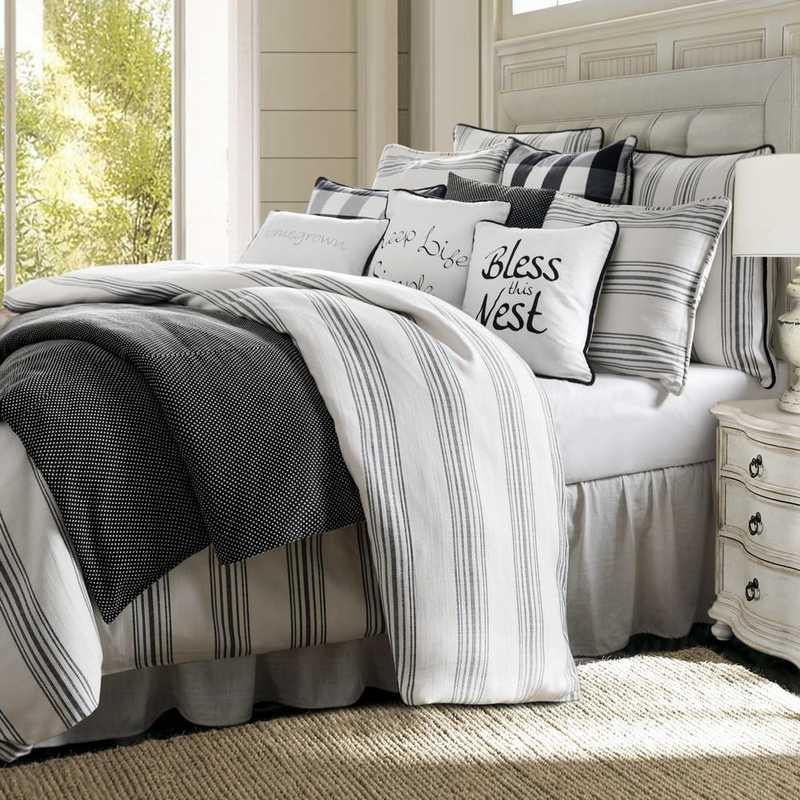 Hiend Accents 3pc Blackberry Comforter Queen
