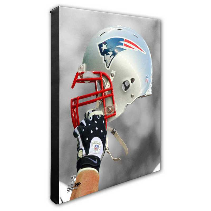 AAPC240-CS16x20: PF New England Patriots Helmet Photography- 16x20