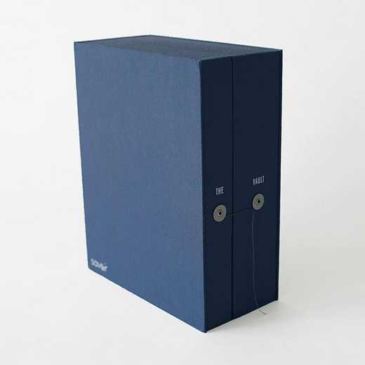 VAGR4: Blue Graduate Keepsake Box